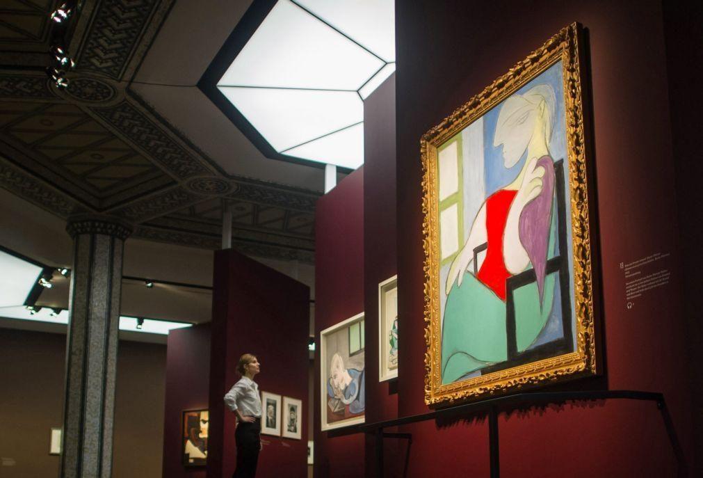Quadro com musa e amante de Picasso vai a leilão por 47 milhões de euros