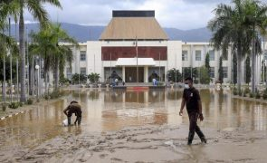 Timor-Leste/Cheias: Número de mortos sobe para 42 e 10 mil desalojados em Díli