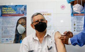 Covid-19: PR de Cabo Verde pede confiança na vacinação após receber primeira dose
