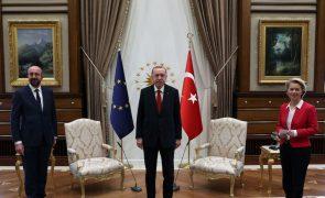 Governo austríaco crítica Turquia por tratamento dado a Ursula Von der Leyen