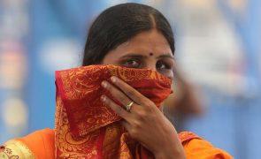 Covid-19: Índia com recorde de casos e número mais alto de mortes desde novembro