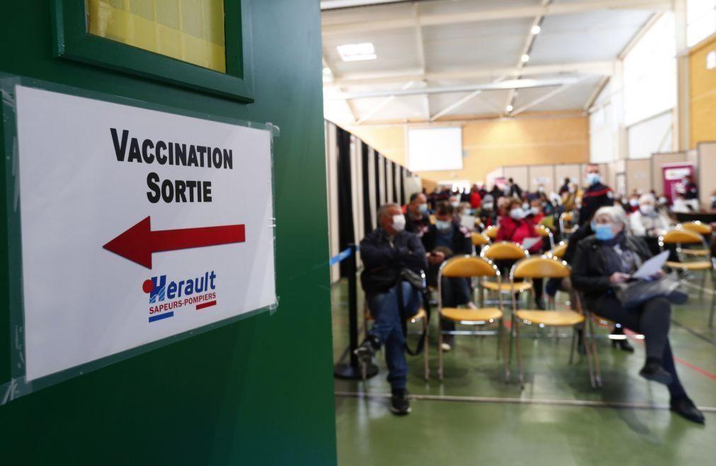 Covid-19: França ultrapassa 10 milhões de pessoas vacinadas com primeira dose