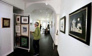 Helena Almeida e Mário Cesariny em exposição no Centro de Arte Contemporânea de Coimbra