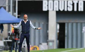Treinador do Rio Ave relata insultos e agressões no final do jogo com o Boavista