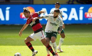 Abel Ferreira expulso e Palmeiras perde Supertaça do Brasil para o Flamengo