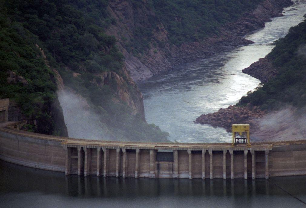 Barragem moçambicana de Cahora Bassa vai interromper descargas no final do mês