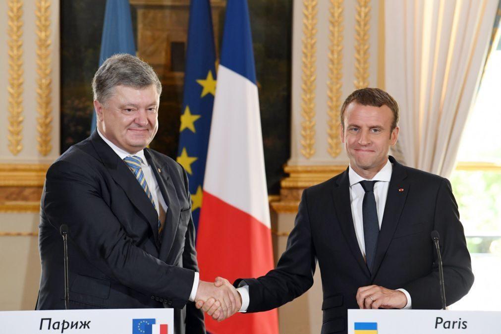 Macron assegura que França não reconhecerá anexação da Crimeia pela Rússia