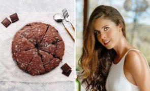 A receita do bolo de chocolate de Catarina Gouveia que leva apenas 5 ingredientes