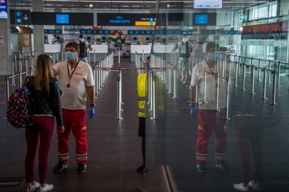 Covid-19: Bruxelas insta países a manterem limitação a chegadas não essenciais do Brasil