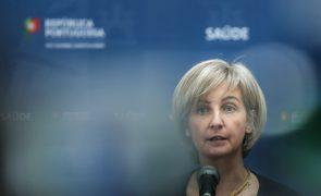 Covid-19: Ministra diz que é prematuro falar de pausa na vacina da Janssen