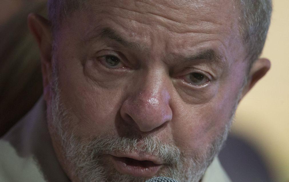Lula da Silva lidera intenção de voto nas presidenciais do Brasil em 2018