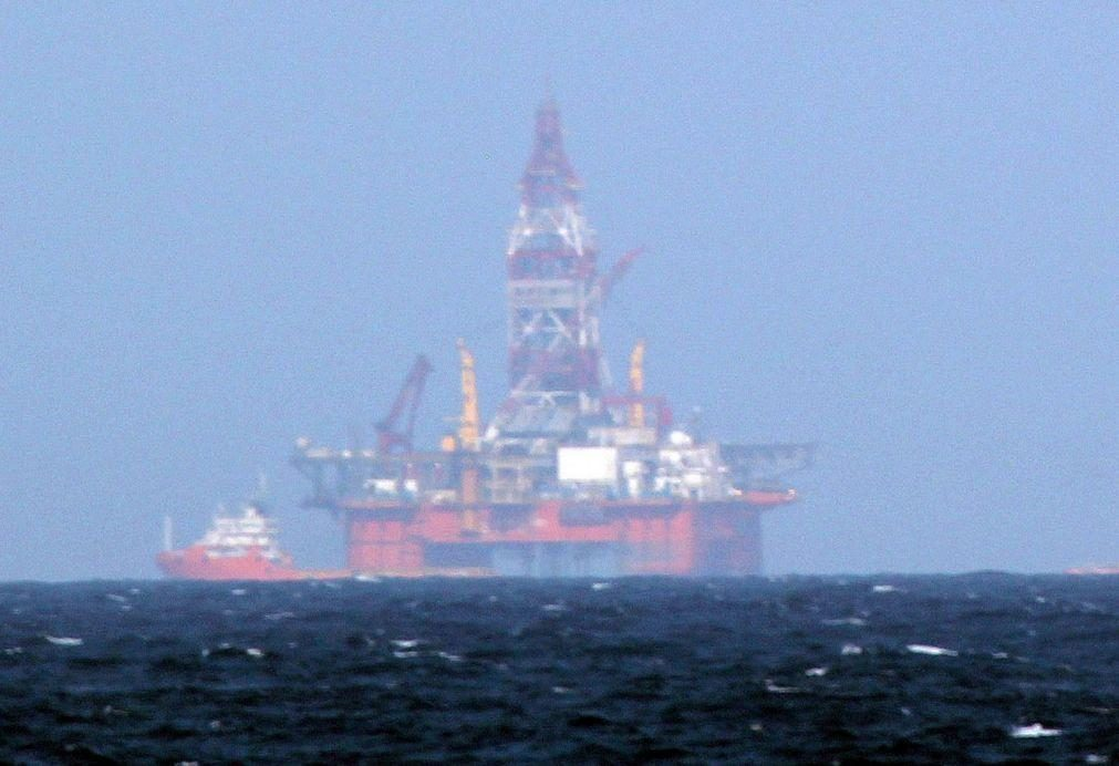 Angola produziu 1,163 milhões de barris de petróleo por dia em março