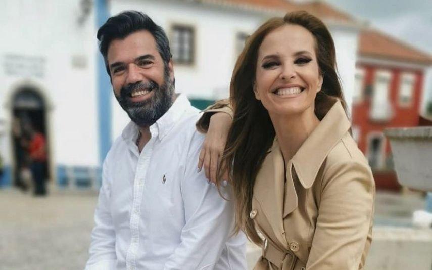 Autor da nova novela da TVI partilha foto com Cristina Ferreira e lança farpa aos críticos
