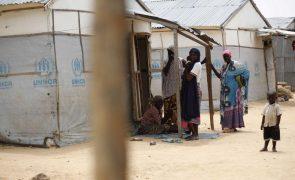 Dezenas de milhares de crianças na Nigéria estão sem acesso à educação