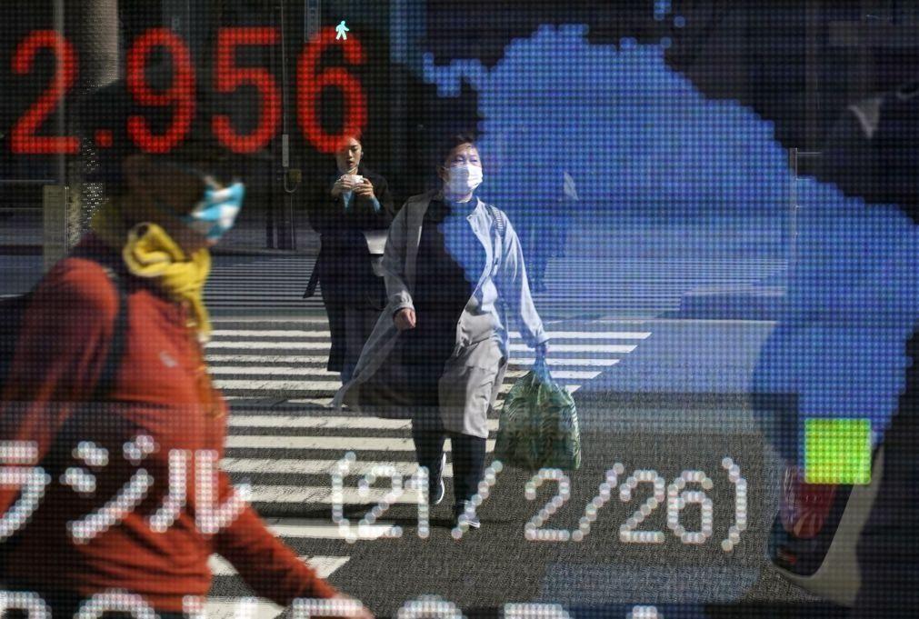 Bolsa de Tóquio abre a perder 0,52%