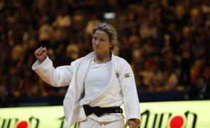 Telma Monteiro a uma medalha de números ainda mais históricos