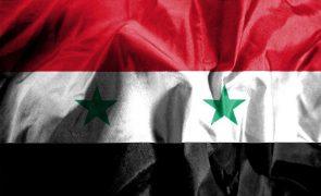 Síria rejeita relatório da OIAC que a acusa de usar armas químicas