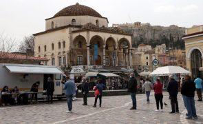 Covid-19: Grécia ultrapassa 100 mortos por dia pela primeira vez em 2021