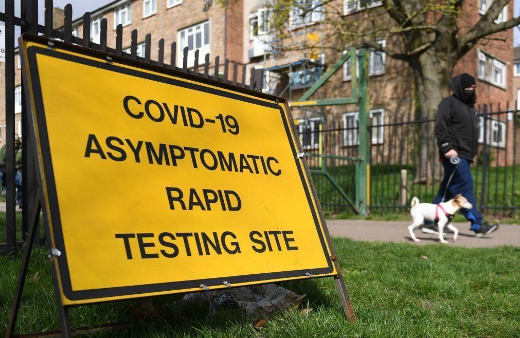 Covid-19: Reino Unido intensifica testes em Londres para conter variante
