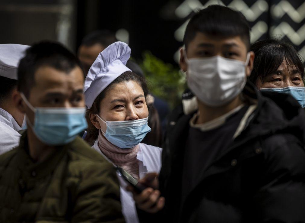 Covid-19: China com onze casos em 24 horas, um de contágio local