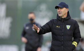 Treinador do Tondela acredita que o jogo com o Moreirense depende de detalhes