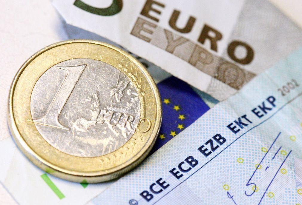 Comissão Europeia apoia criação de euro digital mas admite dificuldades jurídicas