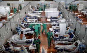 Covid-19: Segunda vaga no Brasil atinge mais pessoas com menos 40 anos