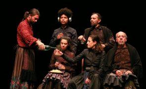 Covid-19: Estreias reabrem teatros e