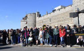 Reino Unido cumpre um minuto de silêncio em homenagem ao príncipe Filipe