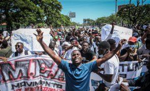 Polícia angolana confirma detenção de estudantes em manifestação mas diz que já foram soltos