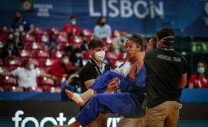 Patrícia Sampaio sofre lesão no combate e é eliminada em -78 kg nos Europeus de judo