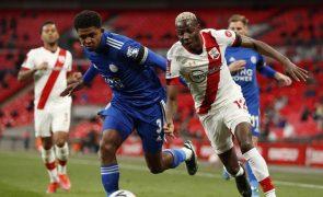 Leicester bate Southampton e defronta o Chelsea na final da Taça de Inglaterra
