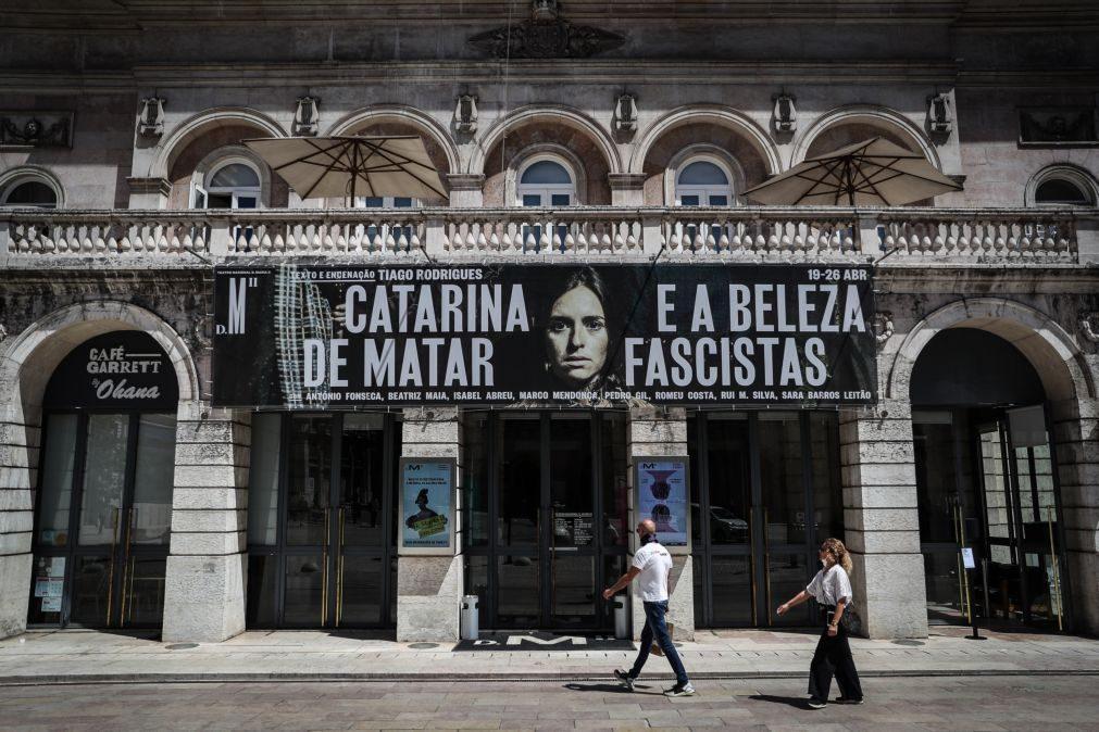 Covid-19: Teatro D. Maria reabre ao público em ambiente de nervosismo e alegria como numa estreia