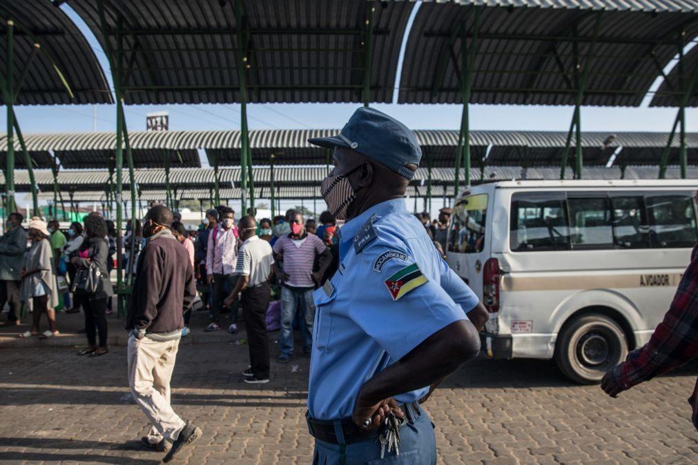 Comandante da polícia moçambicana diz que as autoridades
