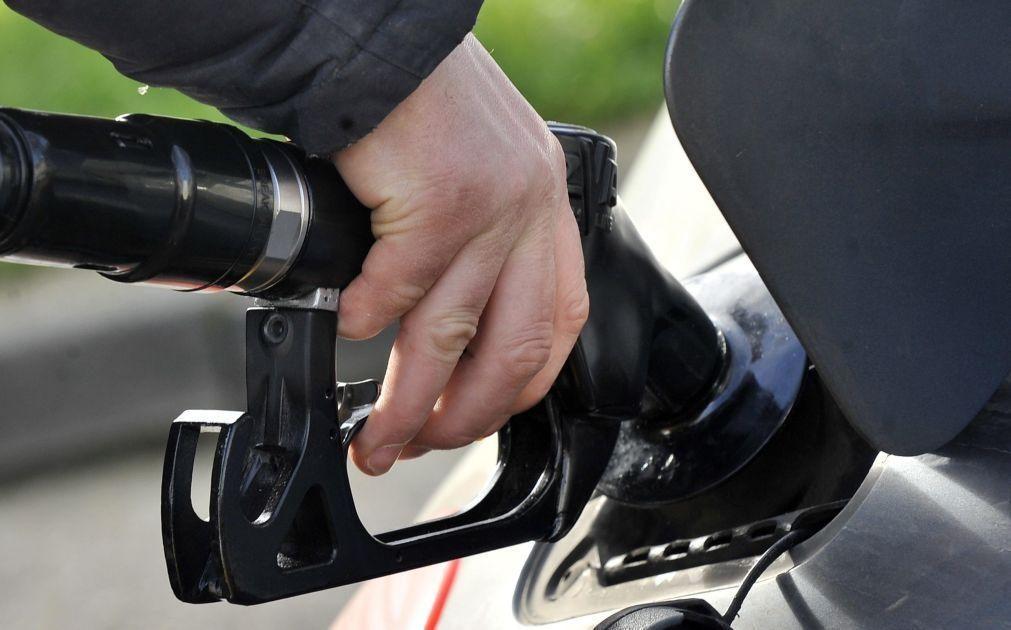 Covid-19: Venda de combustível nos postos de abastecimento cai mais em fevereiro