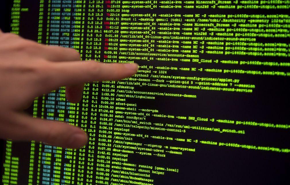 Grandes grupos empresariais alvo de um ataque informático mundial