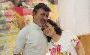 Dono de restaurante relata almoço entre Tony Carreira e Dolores Aveiro