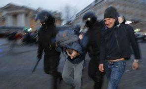 Polícia russa deteve 1.784 apoiantes de Navalny durante manifestações de apoio