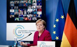Alemanha continuará a fazer a sua parte pelo clima, diz Ângela Merkel