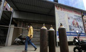Covid-19: Índia regista novo recorde, 2.263 mortos e 332.730 casos num só dia