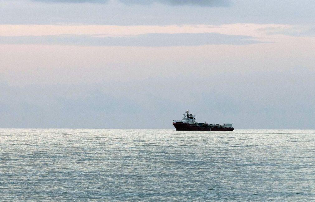 Migrações: Naufrágio no Mediterrâneo poderá ter feito 130 vítimas