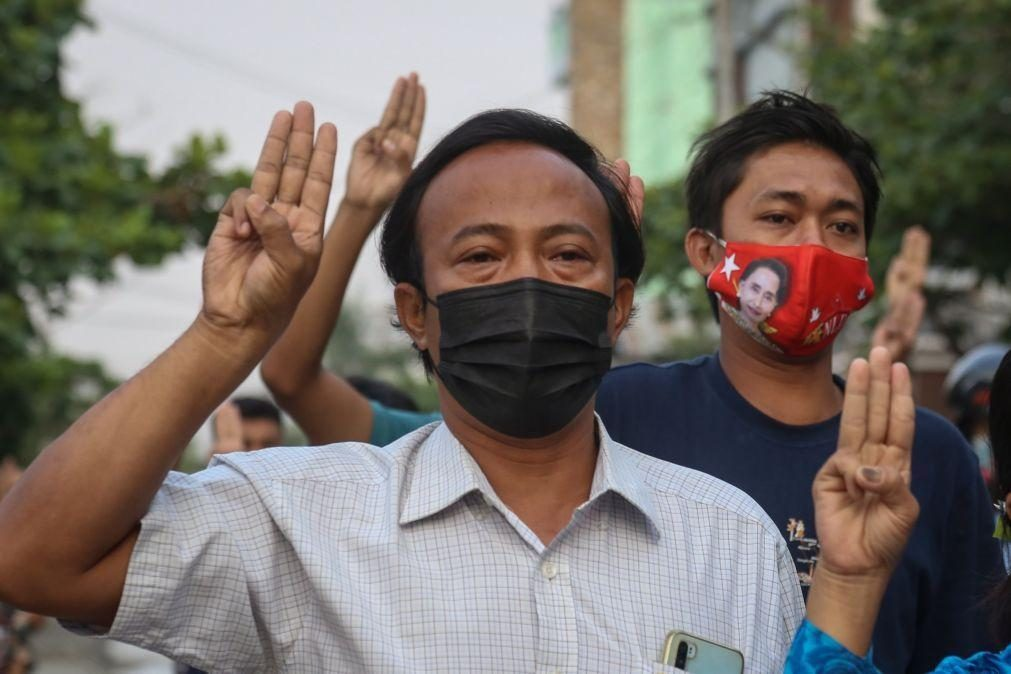 Myanmar: Países vizinhos devem intervir para evitar uma guerra civil