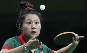 Shao Jieni perde e adia hipótese de qualificação olímpica no ténis de mesa