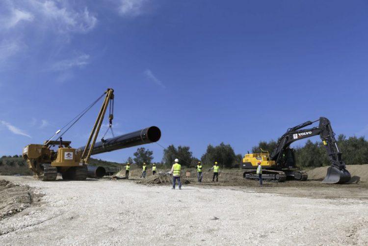 Marrocos e Nigéria negoceiam extensão de gasoduto para Europa