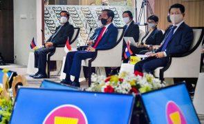 Myanmar: Líderes do sudeste asiático exigem fim da violência e libertação de presos