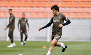 João Félix de regresso aos convocados do Atlético de Madrid