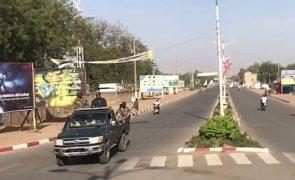 Rebeldes disponíveis para cessar-fogo no Chade