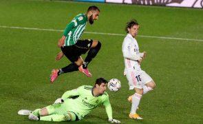 Real Madrid cede 'nulo' com o Bétis e pode atrasar-se na luta pelo título