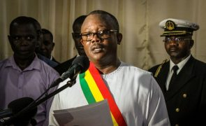 Presidente da Guiné-Bissau aceita remodelação do Governo de Nuno Nabiam