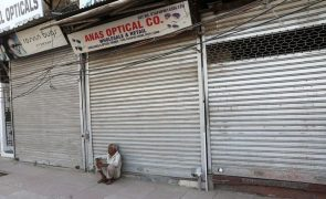 Covid-19: Índia regista quase 350 mil novos caos e atinge número máximo no mundo